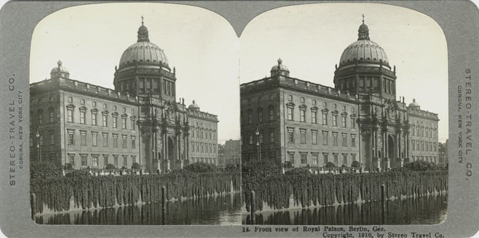 3D 1919 Front View of royal palace Berlin